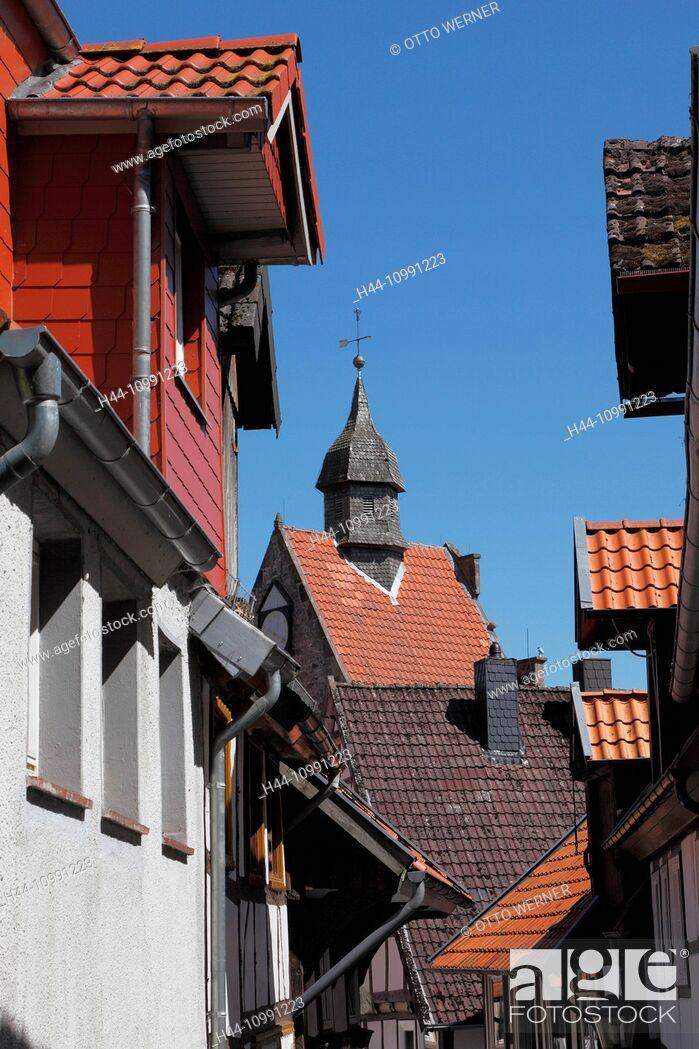 Stock Photo: Vineyard lane and Niederntor in Blomberg, Weser Bergland, North Rhine-Westphalia.