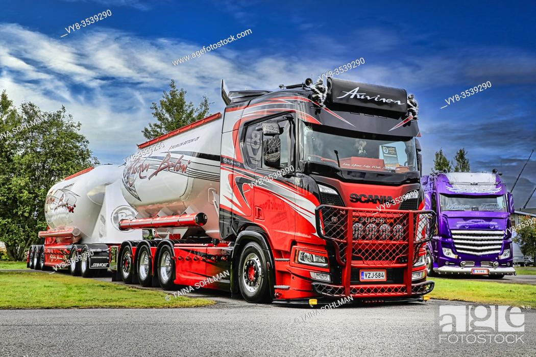 Stock Photo: Kuljetus Auvinen Oy super trucks, category winner Scania R580 bulk transporter with Lowrider. Power Truck Show 2019. Alaharma, Finland. August 9, 2019.