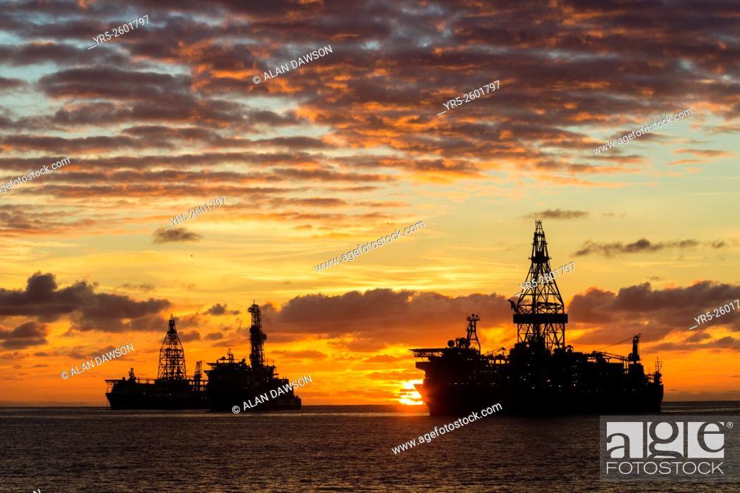 Stock Photo: Drillships anchored outside Las Palmas port, Puerto de La Luz, Las Palmas, Gran Canaria, Canary Islands, Spain.