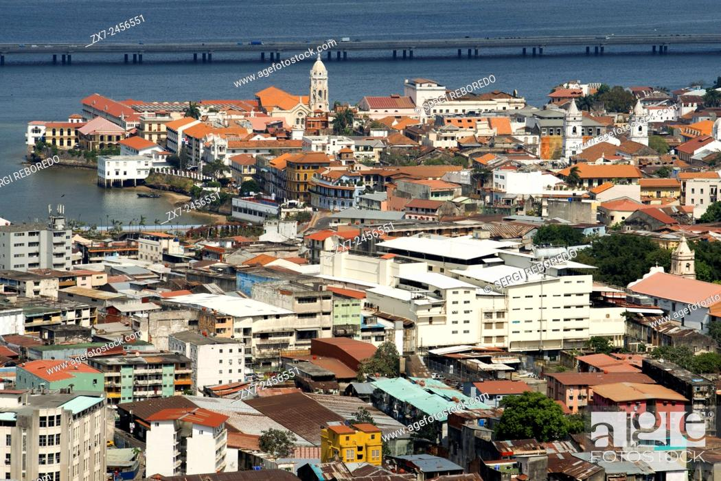 Imagen: Panama City, Panama, Old part of town, Casco Viejo, seen from Ancon Hill. Casco Antiguo Historic Town Panama City Central America old town houses.