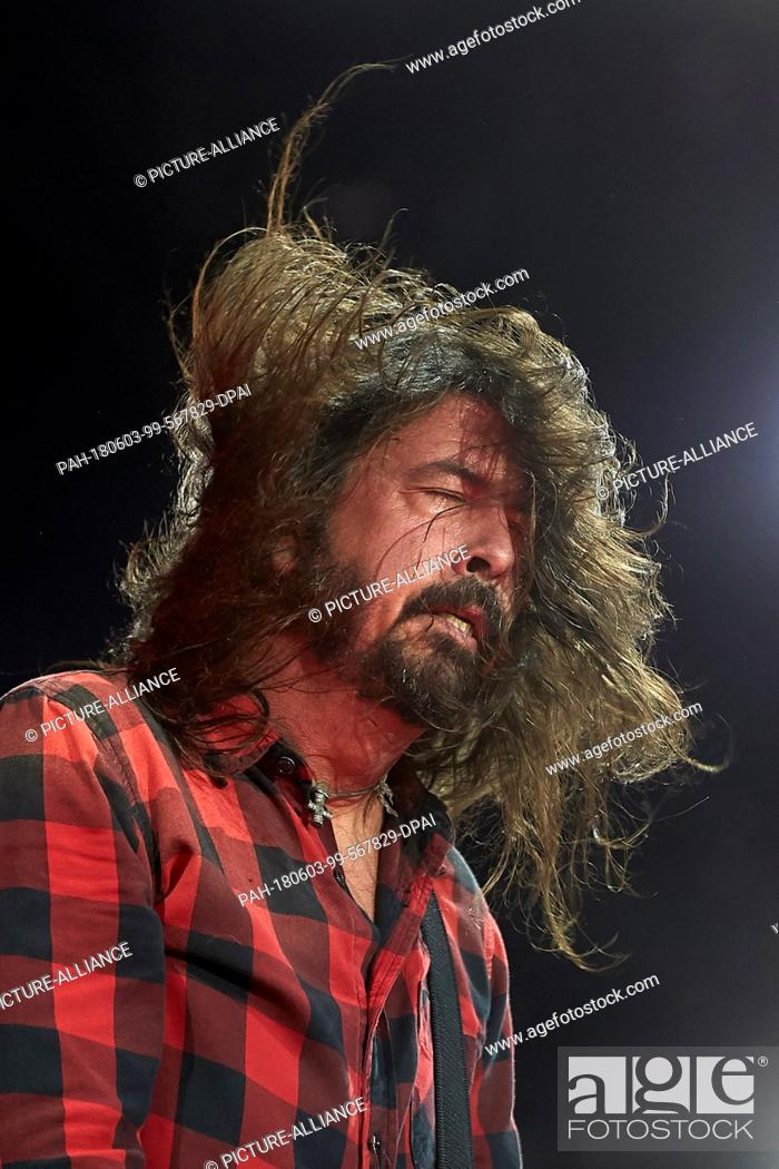 03 June 2018, Germany, Nuerburg: Frontman Dave Grohl from