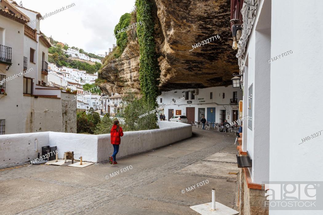 Imagen: Setenil de las Bodegas, Málaga, Andalucía, Spain, Europe.