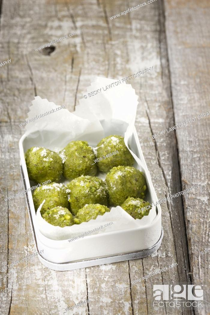 Stock Photo: bombones de pistacho / pistachio chocolates.