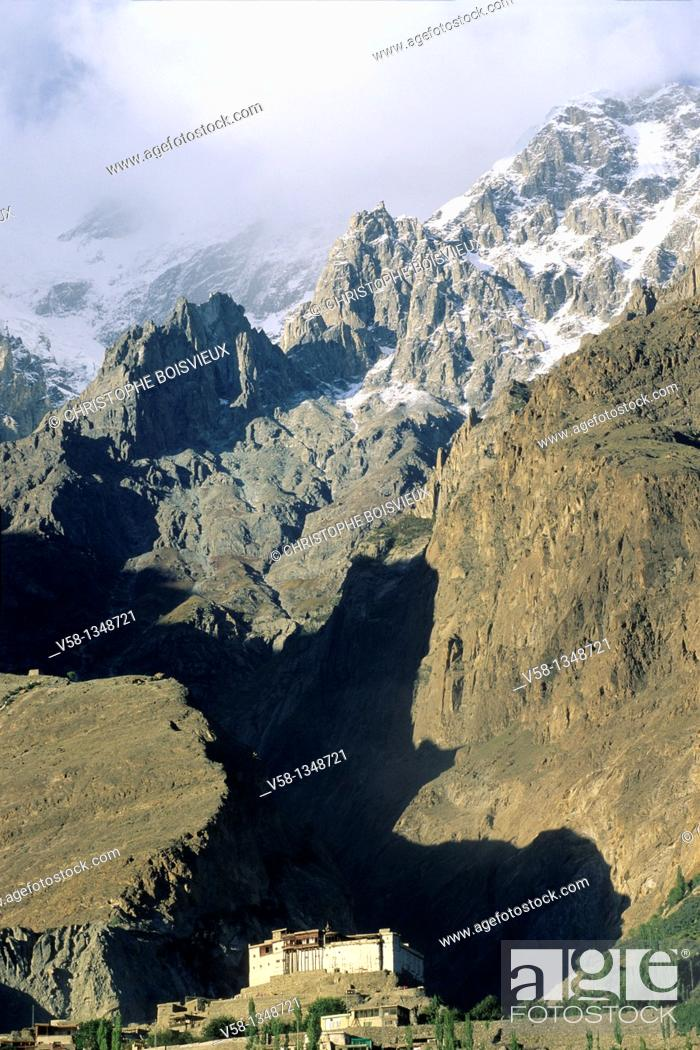 Stock Photo: Pakistan, Hunza valley, Karimabad, Baltit fort and Ultar glaciar.