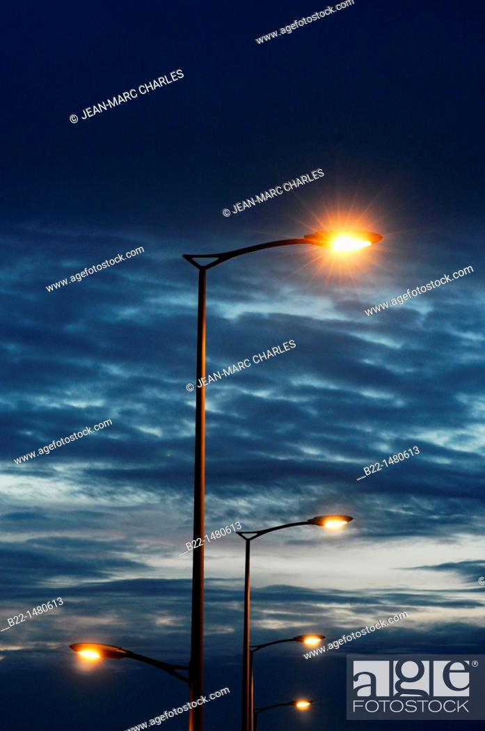 Stock Photo: Street lighting, Reims, Marne, Champagne-Ardenne, France.