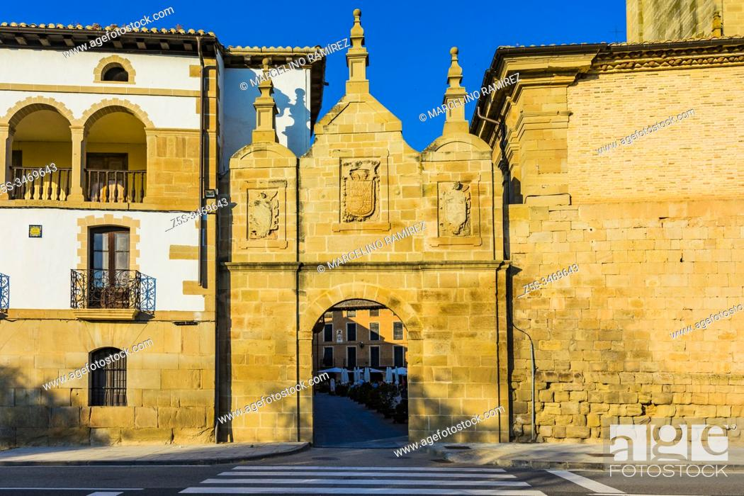 Stock Photo: The Portal de Castilla originally from the Middle Ages and rebuilt under the reign of Philip V in 1739. It is where the pilgrims leave the old town of Los Arcos.