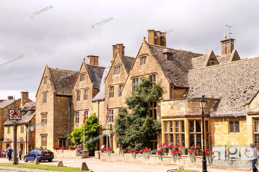 Stock Photo The Lygon Arms Hotel Broadway Worcestershire England Britain Uk