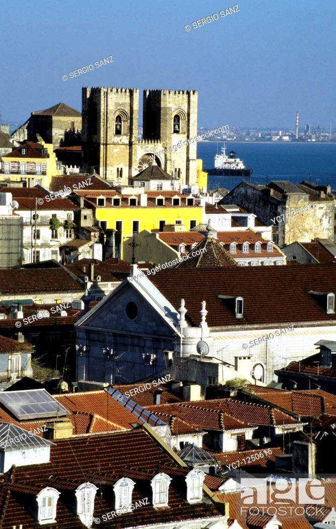Stock Photo: cathedral, lisbon.