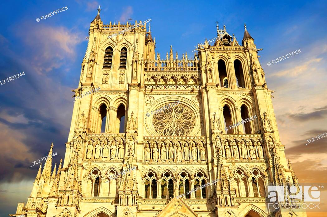 Stock Photo: Gothic Cathedral of Notre-Dame, Amiens, France.