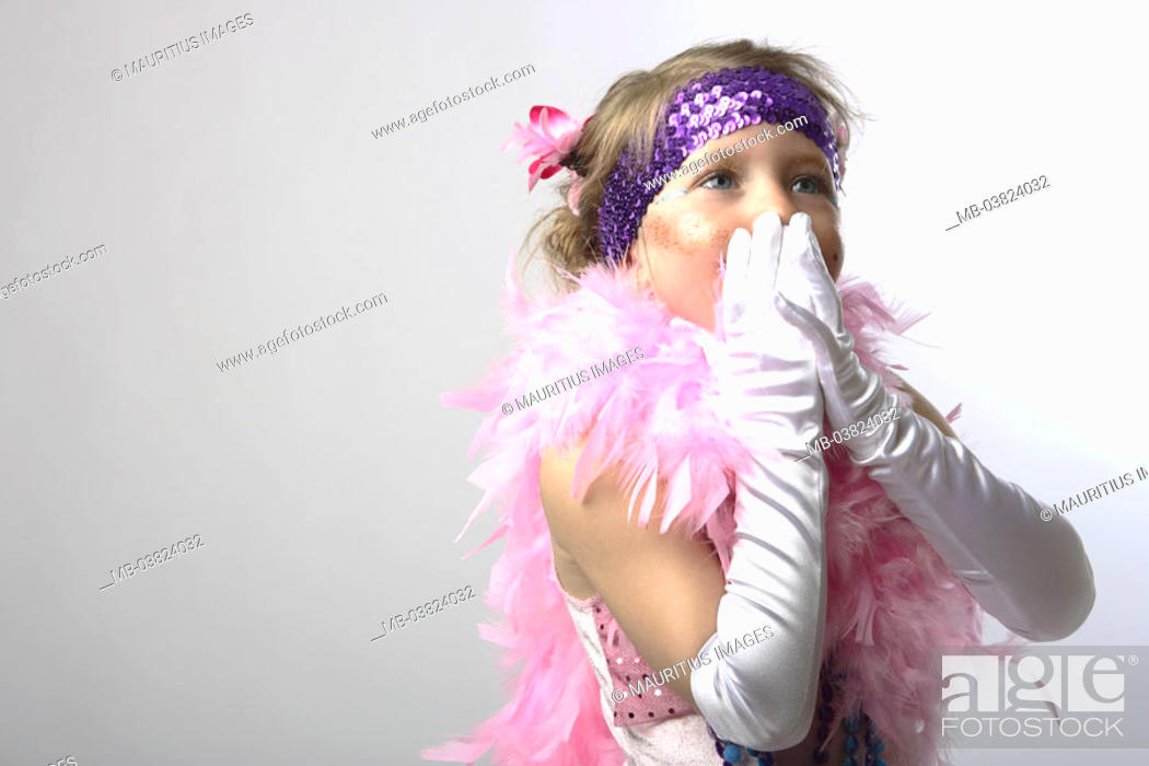 Stock Photo: Girls, disguise, Saloonlady,  Feather boa, pink, gesture, portrait,,   Series, child portrait, child, childhood, high plug-in hairdo, 7-8 years, Fasching.