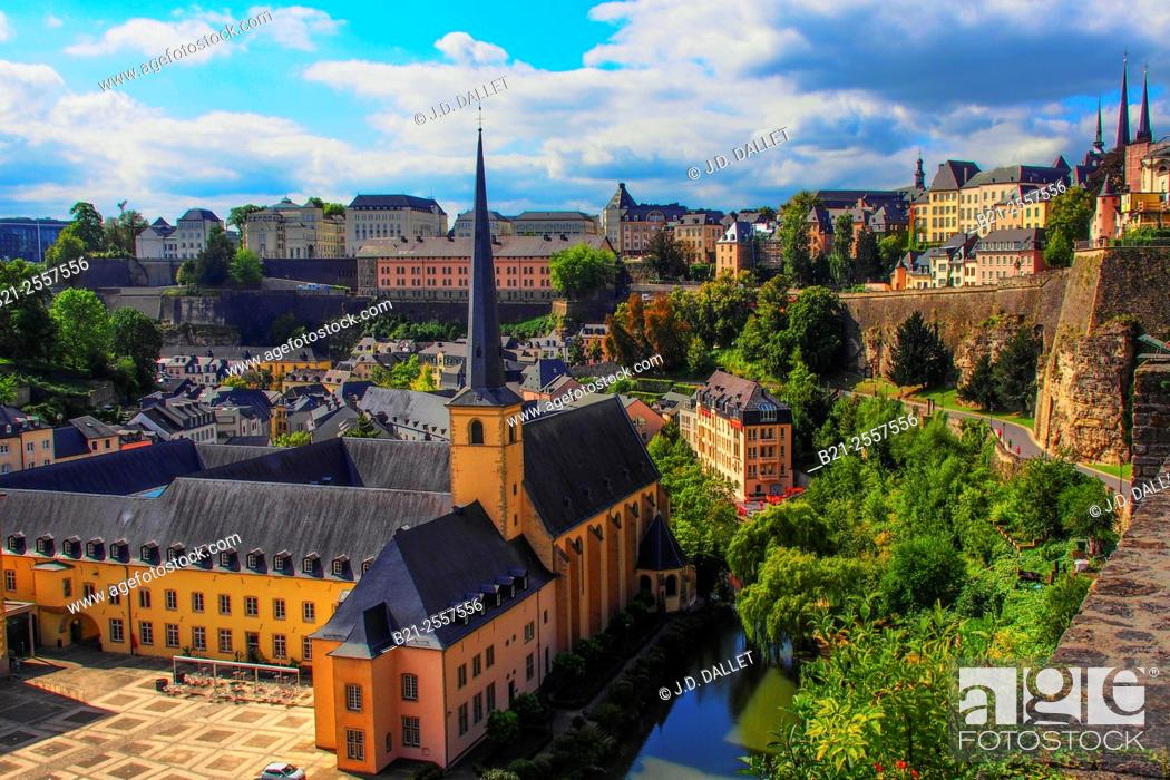 Stock Photo: Luxembourg- over the Grnd area and Saint Jean church, XVIIc., the old part of the city in the defense walls.
