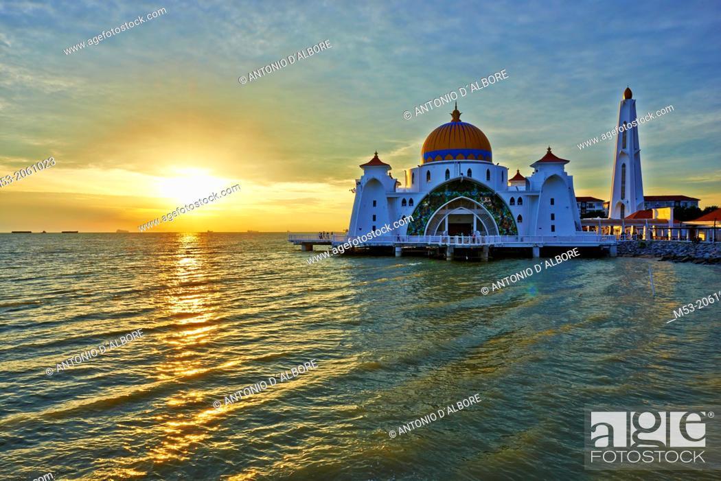 Stock Photo: Malacca Straits Mosque at sunset. Malacca Island. Melaka. Melaka State. Malaysia.