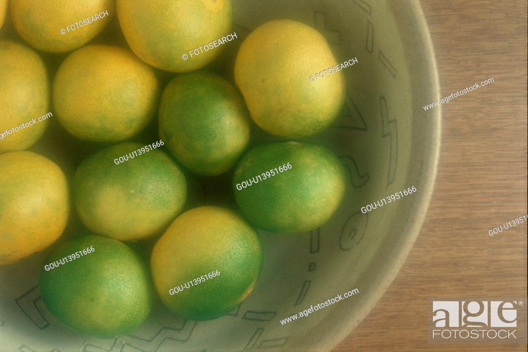 Stock Photo: Bowl Of Mandarin Oranges.