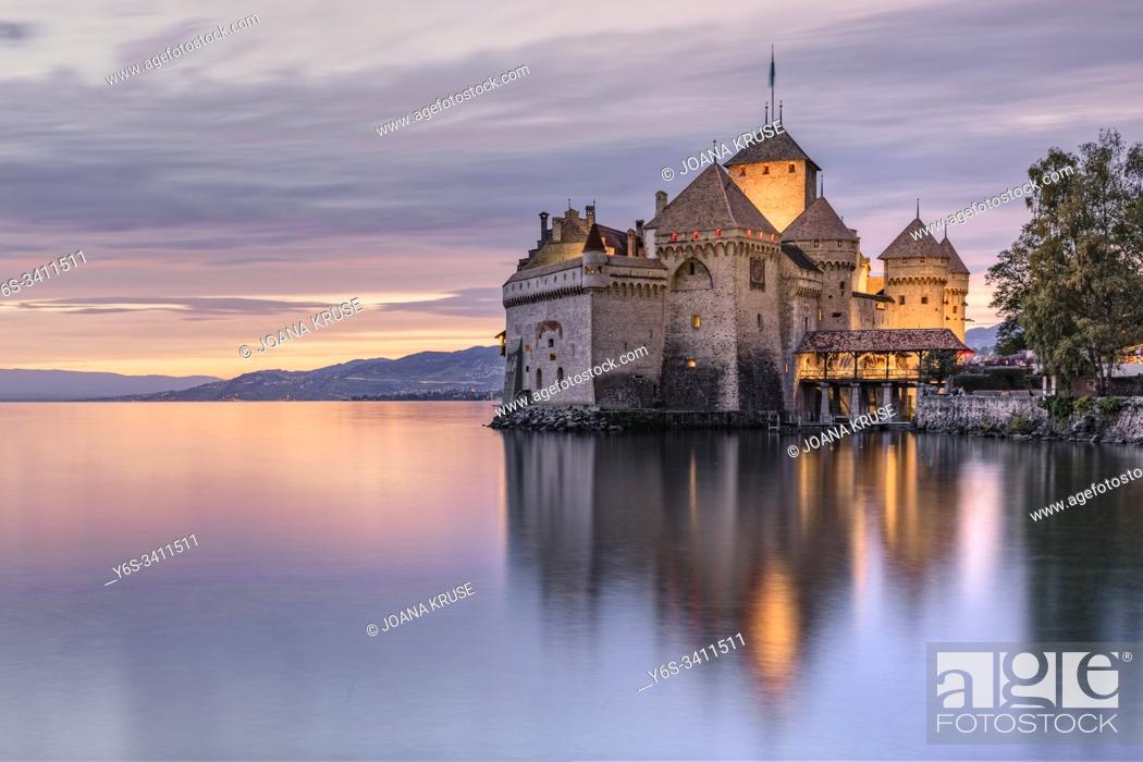 Stock Photo: Veytaux, Vaud, Lake Geneva, Switzerland, Europe.