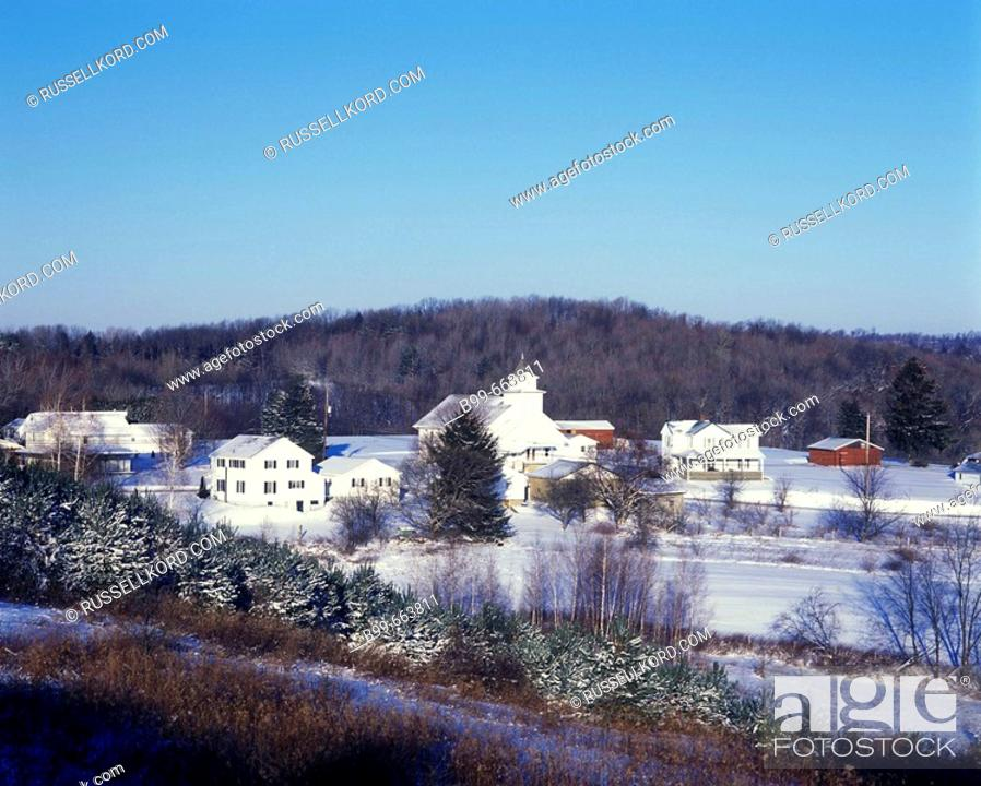 Stock Photo: Knox Village, Jefferson Street, Western Pennsylvania, USA.