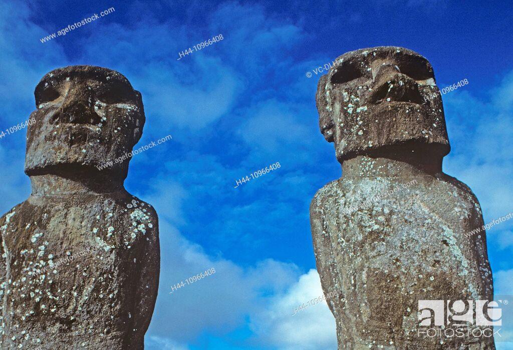 Imagen: Anakena Moais, Easter Island, Chile.