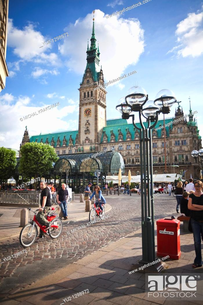 Stock Photo: Town Hall square in Hamburg.