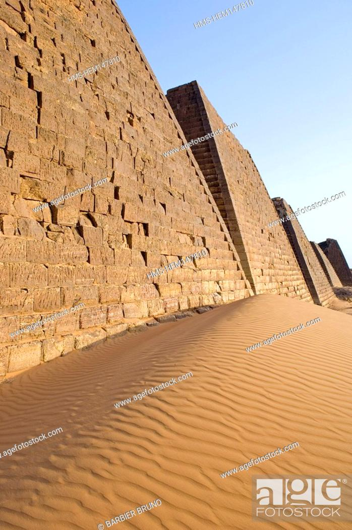 Stock Photo: Sudan, pyramids Meroe, Kingdom of Meroe existed in 1200 years, only to continue in the shape of the Kingdom of Nubia 1100 years.