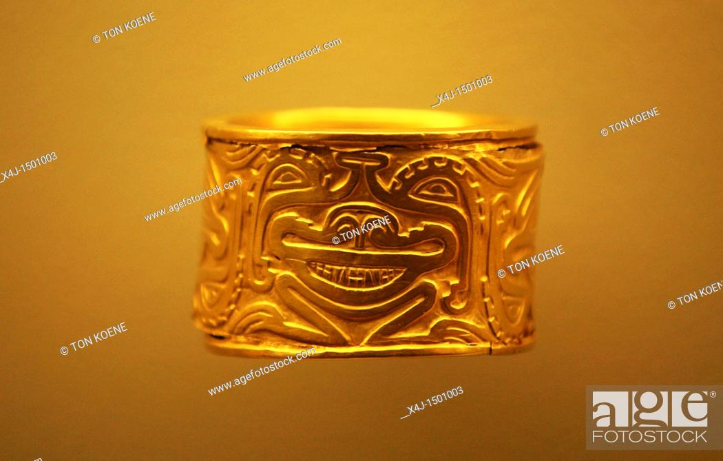 Stock Photo - Inca jewelry, Gold museum, Bogota, Colombia