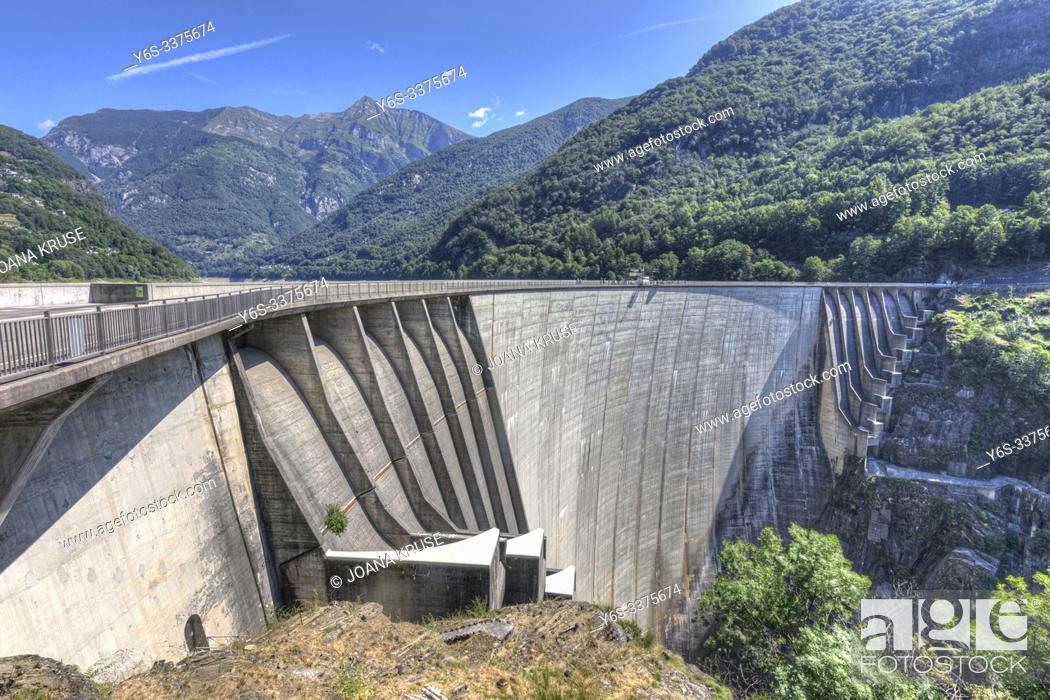 Stock Photo: Lavertezzo, Ticino, Switzerland, Europe.