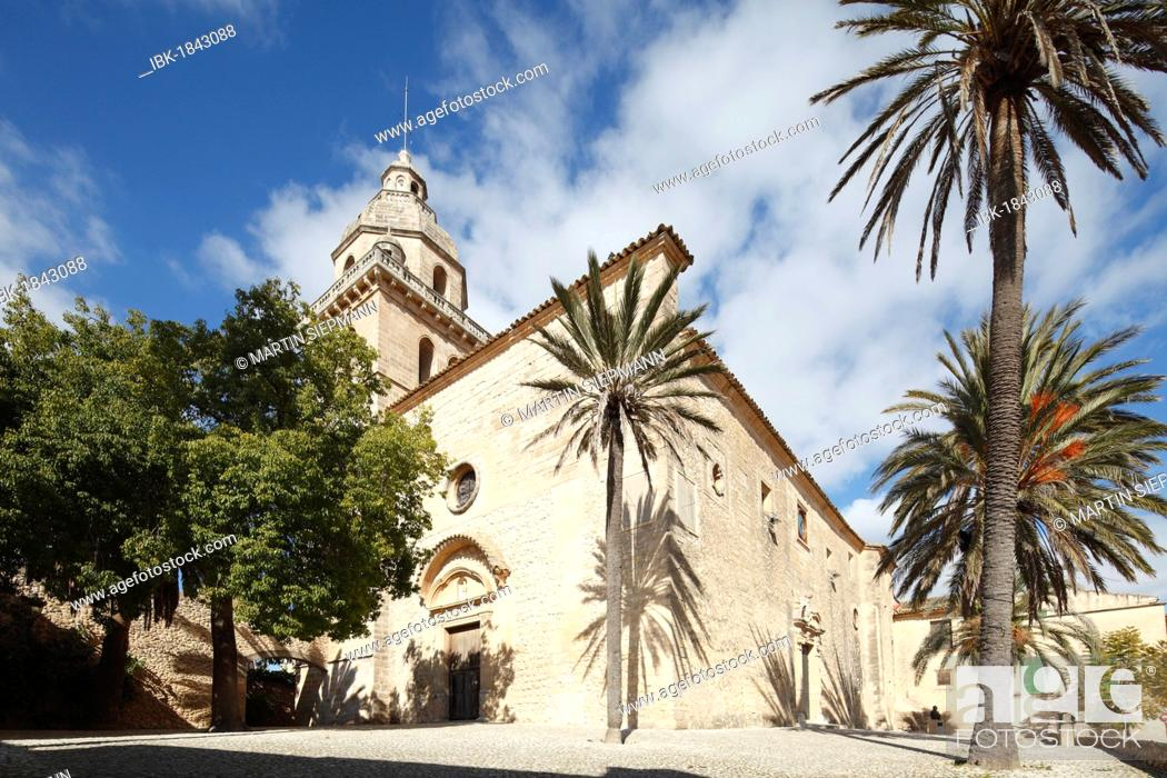 Stock Photo: Church of Sant Bartomeu, Montuiri, Majorca, Balearic Islands, Spain, Europe.