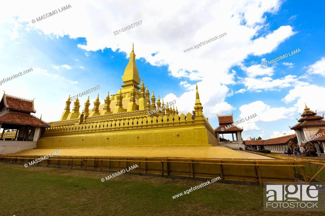 Imagen: November 22, 2016, Vientiane, Laos: The big stupa.