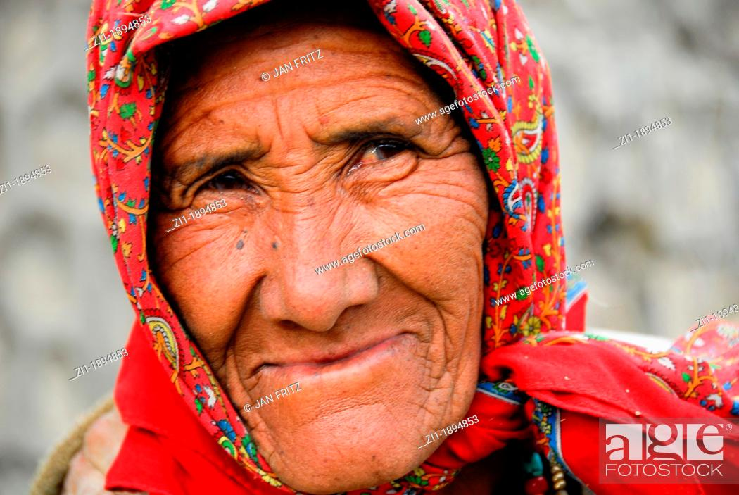 Photo de stock: portrait of old indian woman.
