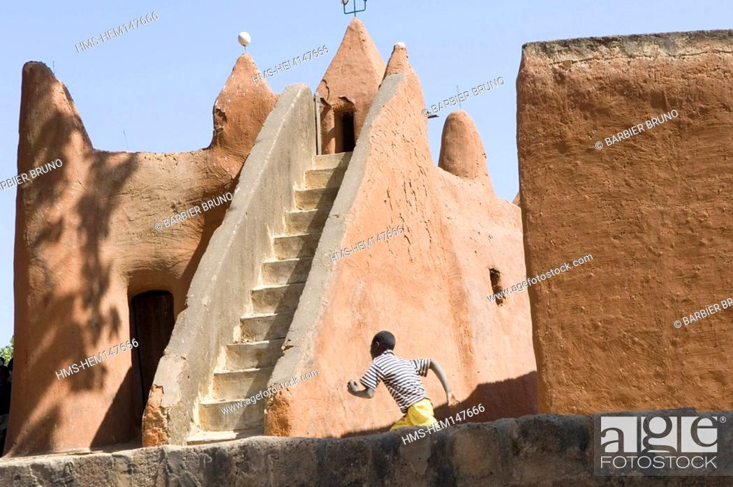 Imagen: Mali, Sekoro, ancient Segou, first capital of the Bambara Kingdom founded in half of the 18th century, mosque.