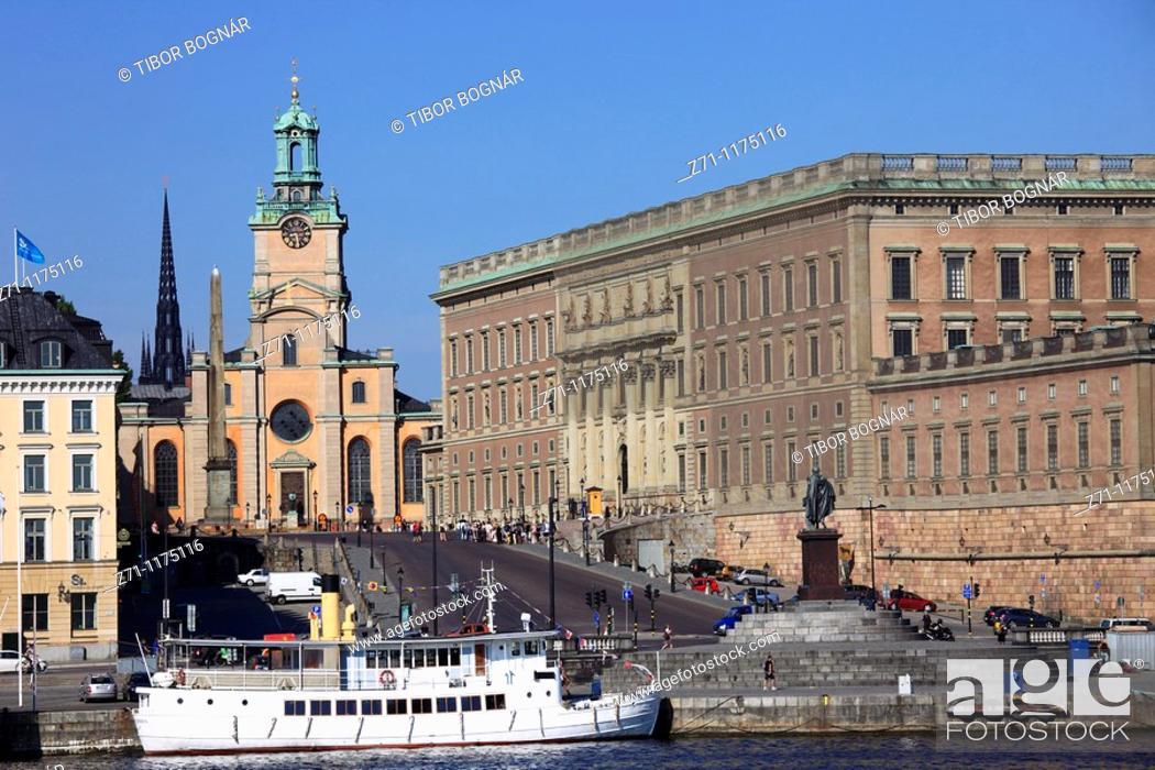 Stock Photo: Sweden, Stockholm, Gamla Stan, Royal Cathedral, Royal Palace,.