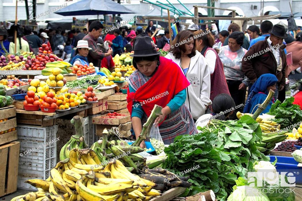 Ecuador, Chimborazo, street market, Stock Photo, Picture And