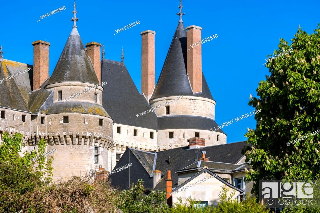 Stock Photo: The Huge Towers with a pointed Roof of the Castle of Langeais, Indre-et-Loire, Centre region, Loire valley, France, Europe.