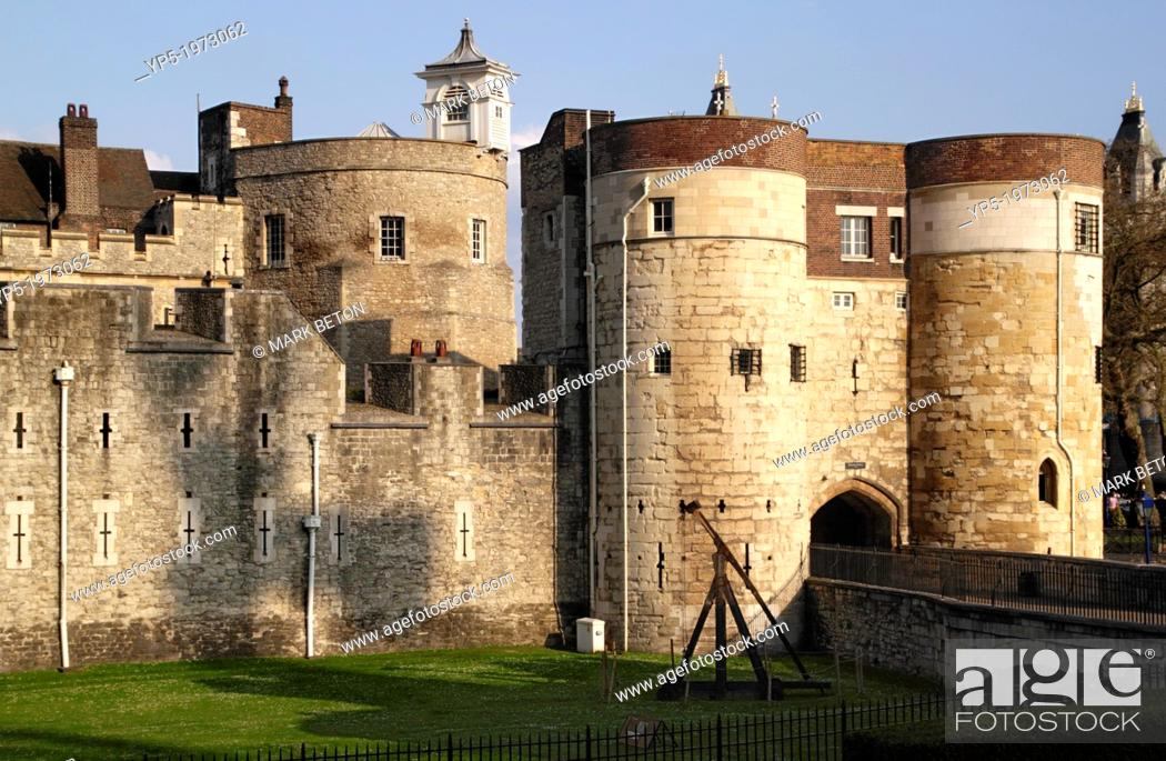 Stock Photo: Byward Tower of the Tower of London.
