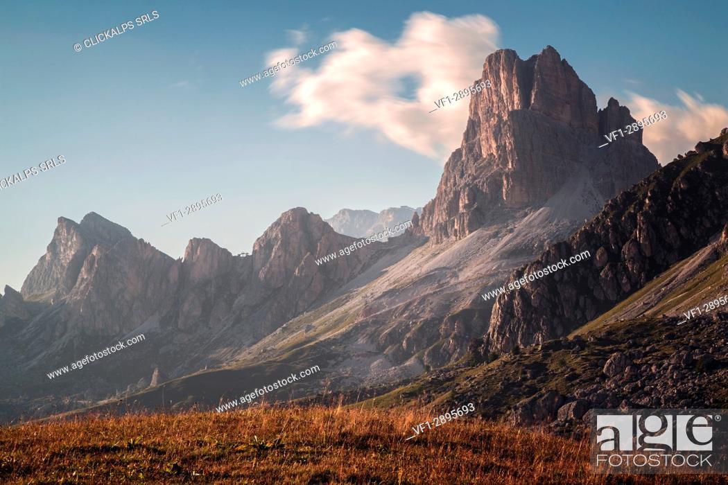 Photo de stock: Passo Giau, Belluno province, Veneto, Italy, Europe.