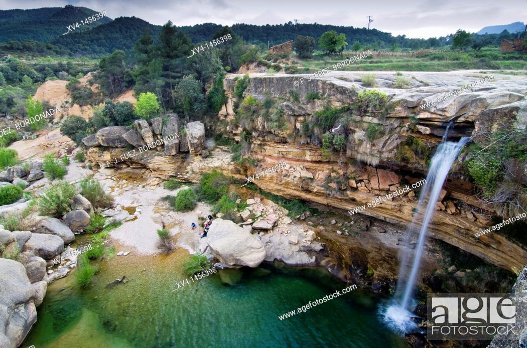Stock Photo: Tastavins riverside in La Portellada  Matarraña, Teruel  Aragon  Spain.