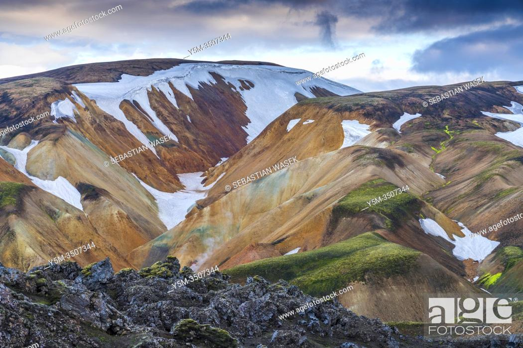 Stock Photo: Landmannalaugar, Fjallabak Nature Reserve, Highlands of Iceland, Southern Region, Iceland.