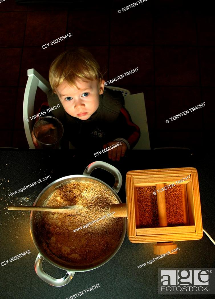 Stock Photo: Brot backen.