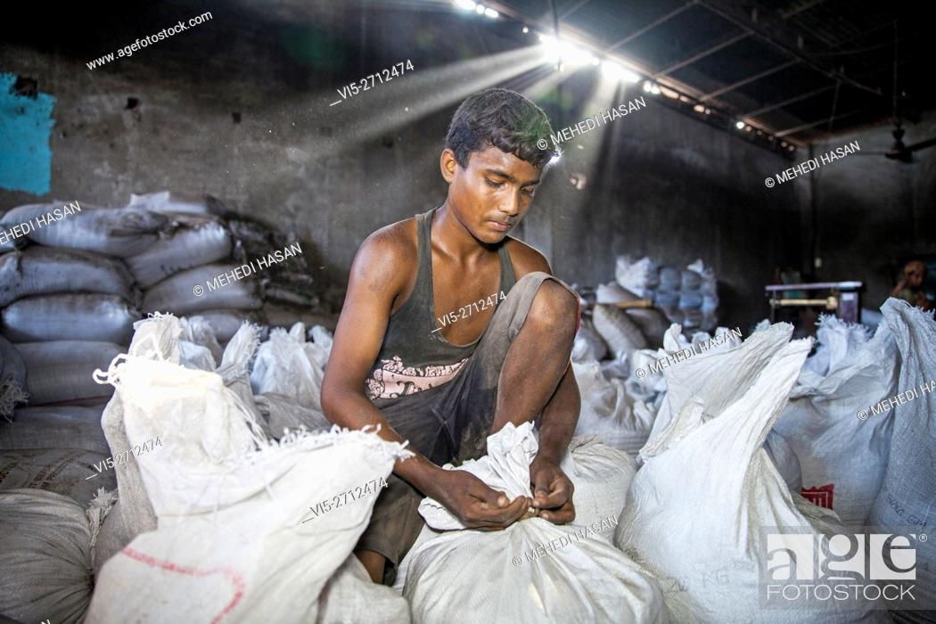 Bangladeshi Worker Are Working In Polluted Area At Hazaribagh Tannery Stock Photo Picture And Rights Managed Image Pic Vi5 2712474 Agefotostock