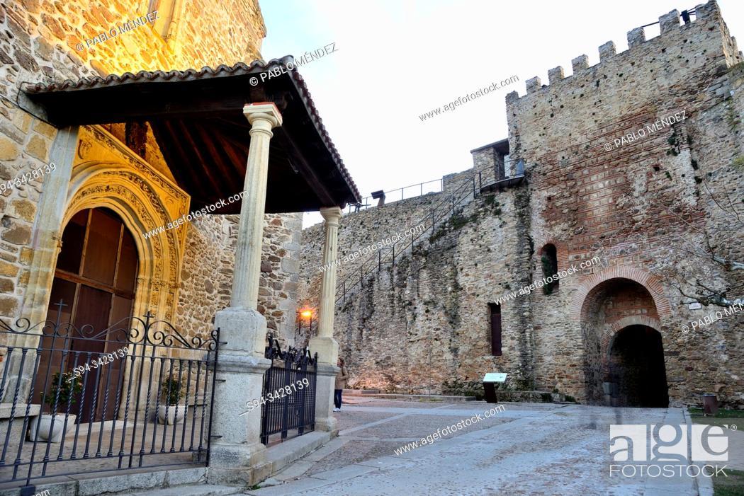 Stock Photo: Entry to the church of Santa Maria del Castillo and walls of Buitrago del Lozoya, Madrid, Spain.
