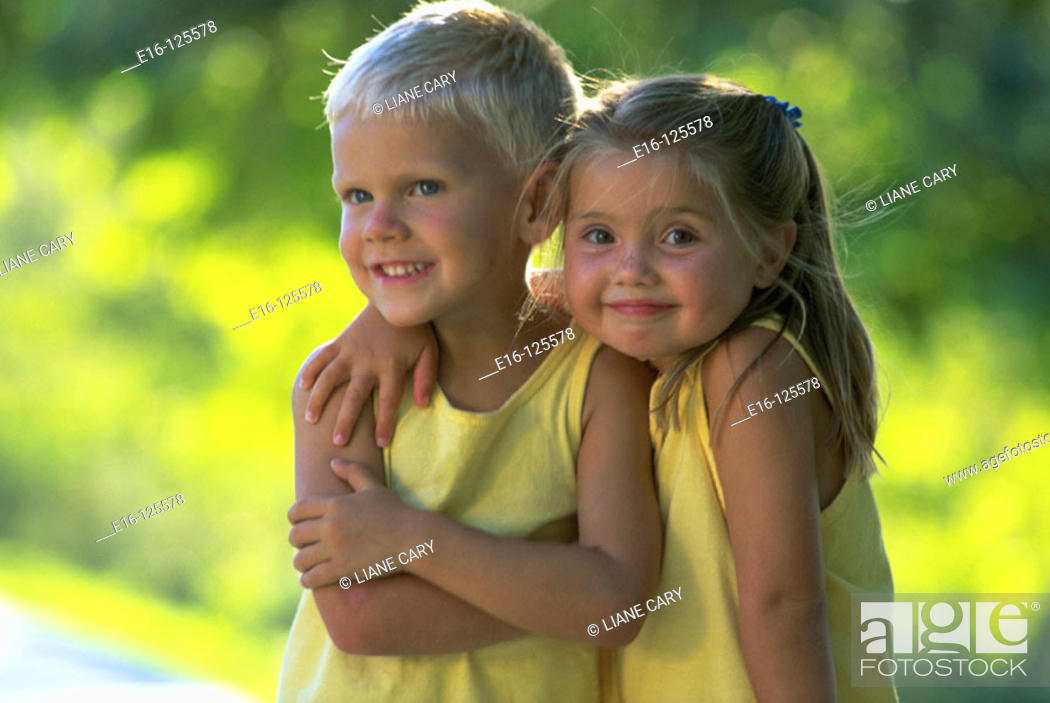 Imagen: Children together.