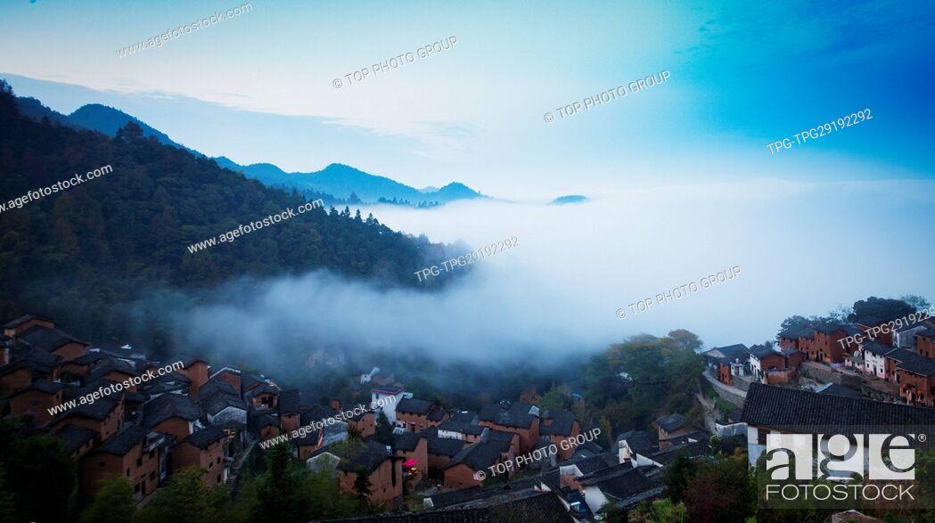 Imagen: cloud sea in Huangshan.