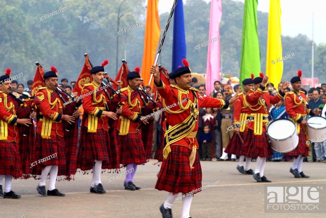 Stock Photo: India, New Delhi, military fanfare.