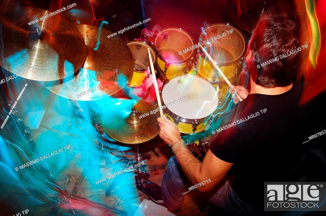 Imagen: Drums player.