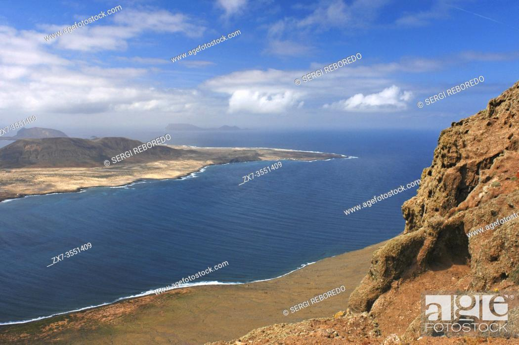 Stock Photo: Stunning view of Graciosa Island from Mirador del Rio, Lanzarote, Canary Islands, Spain, Lanzarote, Europe.