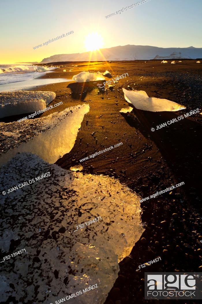 Stock Photo: Ice, Jokulsarlon beach, Southern Iceland, Iceland, Europe.