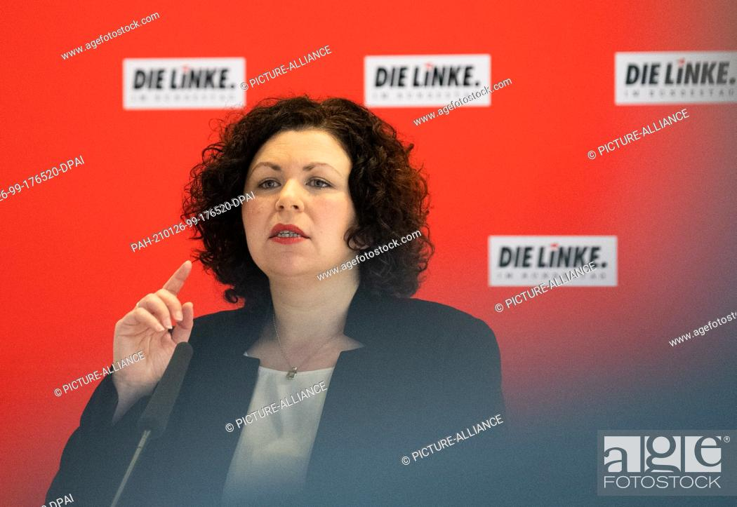 Imagen: 26 January 2021, Berlin: Amira Mohamed Ali (The Left) speaks at the press briefing at her party's digital caucus. Photo: Dorothee Barth/dpa.
