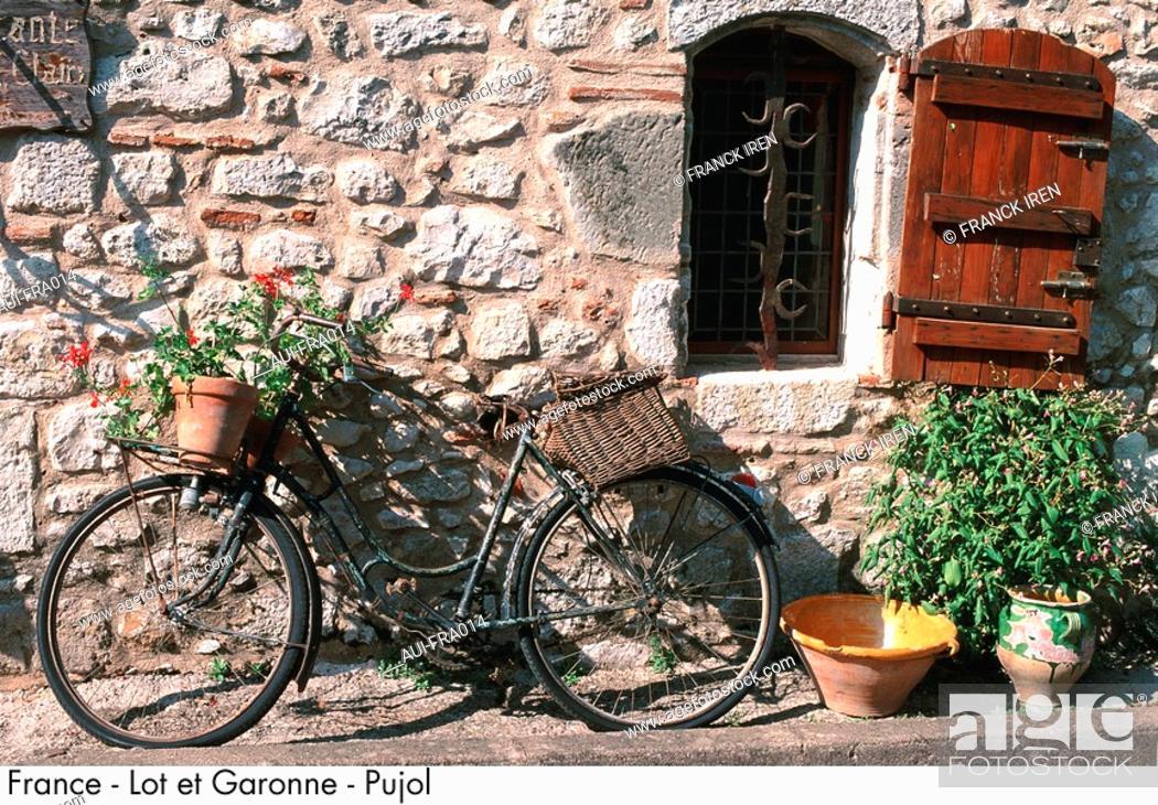 Stock Photo: France - Lot et Garonne - Pujol.
