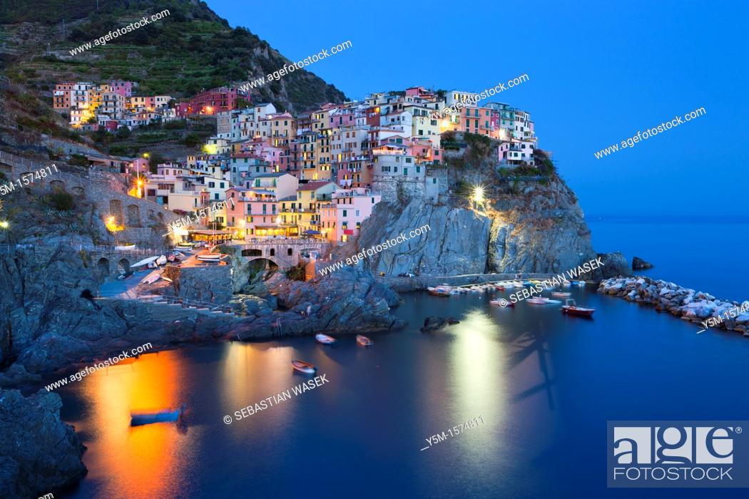 Stock Photo: Manarola, Cinque Terre, UNESCO World Heritage Site, Liguria, Italy, Europe.
