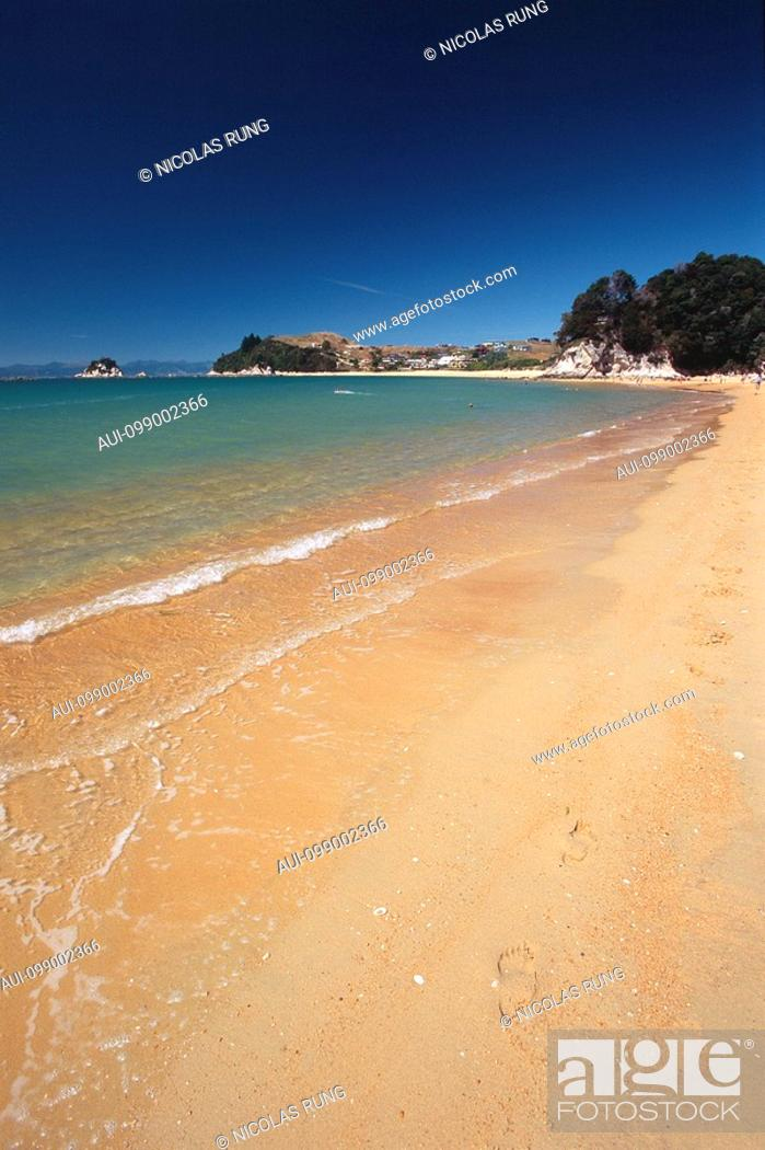 Stock Photo: New Zealand - South Island - Kaiteriteri Beach.