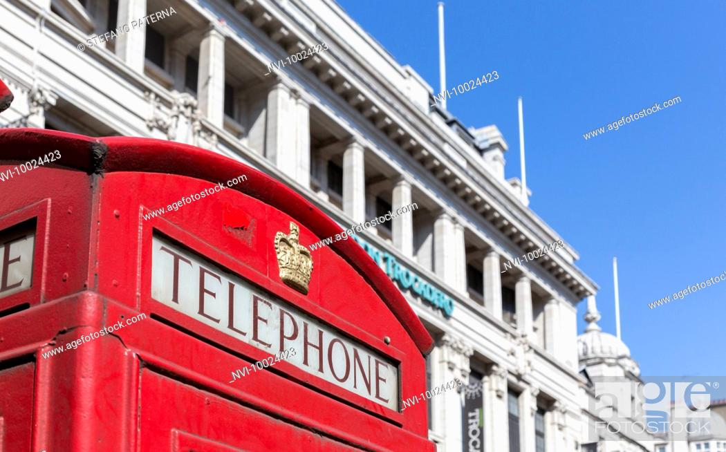 Stock Photo: Telephone booth, Piccadilly Circus, London, United Kingdom.