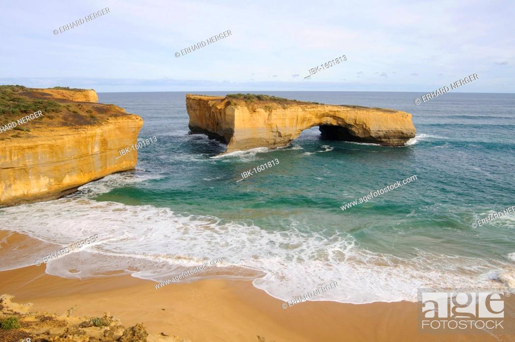 Stock Photo: London Bridge, Port Campbell National Park, Australia.